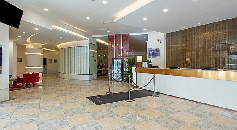 Holiday Inn Express Shanghai Wujiaochang (4)